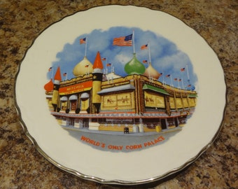 Corn Palace 7'' Souvenir Gold Rimmed Plate Mitchell South Dakota
