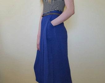 Vintage 1950s Blue Skirt. Size M