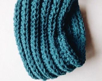 Brook Crochet Neck Warmer