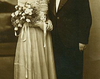 Instant Download Estimated 1930s vintage picture wedding in Transylvania Romania Printable Vintage art print Stock photography Stock photo
