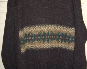 Vintage Northwest Territory Knitted  V Neck Winter Sweater XL Wool Blend