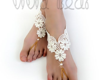 Lace Chain Barefoot Sandals. Ivory Foot Jewelry. Ivory Pearl Beads. Gold Chain Slave Anklets. Beach Wedding. Bridal Accessory. Set of 2