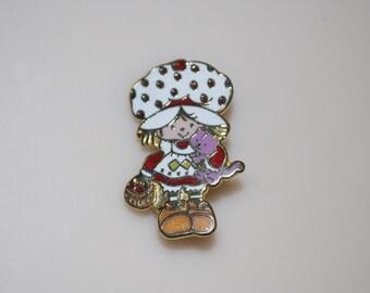 "Strawberry Shortcake Vintage Metal Pin American Greetings 1.25"" Custard Cat & Basekt"