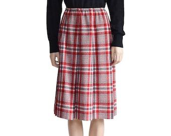 Women's Skirt, Red Plaid Wool Skirt, Vintage Skirt, Pendleton, Skirt, Pleated Skirt, Red Skirt, Knee Length Skirt, Women's Clothing, Skirts