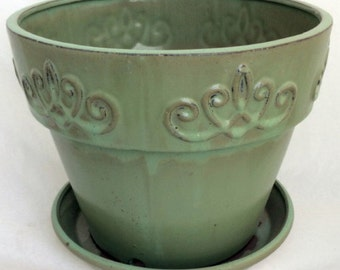 """Fancy Rim Ceramic Pot and Saucer - Country Green - 9 1/4"""" x 9 1/2"""""""