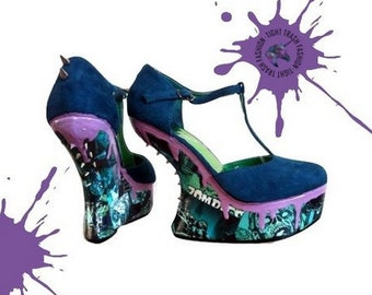 Zombie stompers! - Zombie decoupage shoes with dripping goo & spiked heels - Custom high heel and wedged hand painted shoes by Tight Trash!