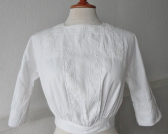 Lovely White Edwardian Cotton Top With Lace