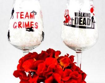Walking Dead Glass/Zombie Apocalypse/twd/the walking dead/walking dead gift