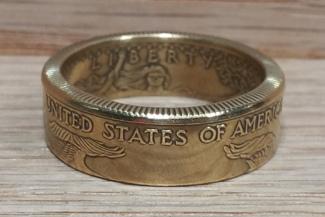 1 2 Ounce American Gold Eagle Coin Ring 22k 91 Pure Gold