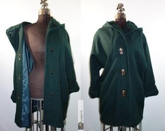Vintage 1970s hunter green hooded wool dolman sleeve swing coat with deep drape pockets twist lock closure // M-XL car coat soft wool