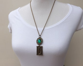 Charming green steampunk pendant, steampunk necklace, cyberpunk necklace, steampunk jewellery