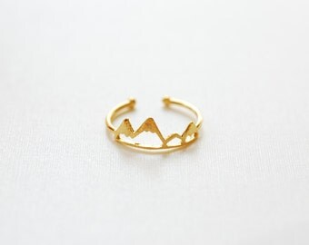 Shiny Vermeil Gold Mountain Adjustable Ring- 18k gold plated over Sterling Silver Adjustable Ring, Mountain Peak Range Ring, Hiking Ring,262