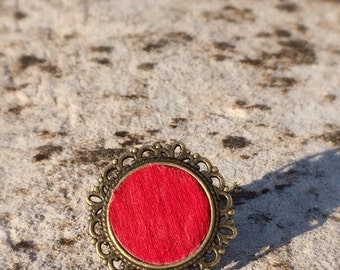 Bronze ring with red cow hair leather / boho ring/ bronze ring / big/ statement  /red ring