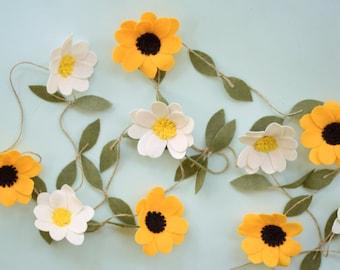 Felt Flower garland - Sunflower Garland or Daisy Garland - Wedding Ceremony Backdrop - Nursery Floral Decor
