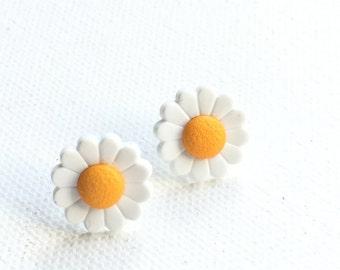 Daisy Earrings, Daisy Stud Earrings, White Flower Earrings, White Flower with Yellow Center, Floral Jewelry