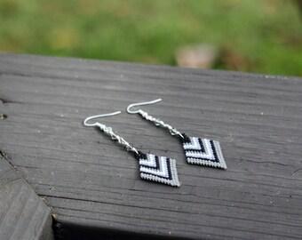 Grey Black and White Brick Stitch Beaded Earrings, Diamond Shaped, Chevron, Beadwork, Delica Beads, Beaded Earrings