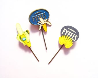 3 banana pins, vintage Dutch Fyffes bananas stick pins from the sixties, banana brooch, button, badge