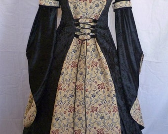 Handmade medieval dress,goth Renaissance hooded costume fantasy gown handfasting,Pagan wedding,Made to measure