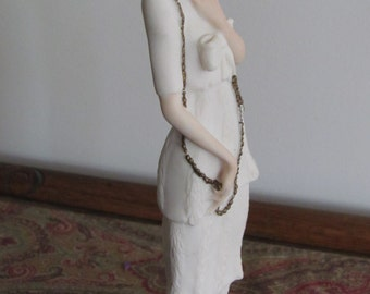 Lady with Chain, Giuseppe Armani 1987 Edwardian fashion Capodimonte style figurine Florence Sculture d'Arte Italy