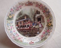 Wedgwood Plate ''Foxwood Regatta'' from Series Foxwood Tales by Cynthia & Brian Paterson