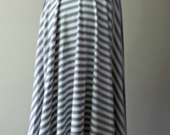 Full circle skirt. Cotton skirt. Summer skirt. Full circle skirt. Stripped skirt. Casual skirt.  Street wear.