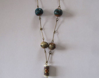 Vintage ethnic necklace handpainted beads