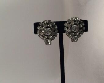Vintage rhinestone earrings, vintage clips, rhinestone earrings, sparkly earrings, clip earrings, stunning earrings,