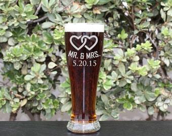 Groomsman Gift, Personalized Beer Glasses, Personalized Glass, Custom Engraved Beer Glasses, Engraved Pilsner Glasses,  --GLS-PILSNER-Mr&Mrs