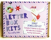 Childrens Craft Kit - Donut Jewellery Making Kit - Craft Kit for Kids - DIY Craft Kit