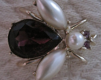 Vintage Jeweled Bumble Bee Brooch