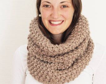 BELLA Infinity Scarf (Taupe)