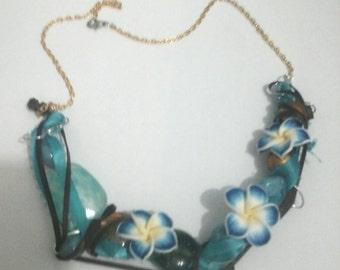 Collar: leather flower