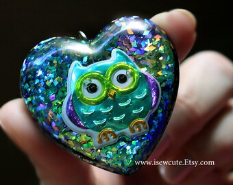 Owl Necklace, Resin Glitter Heart, Huge Pendant Necklace, Teal, Aqua, Green, Purple Necklace, One of a Kind Necklace Handmade by isewcute