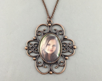 Custom Photo Necklace - Large Vintage Style - Oval Pendant - Your personal photo