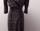1980s Fitted Rayon Dress by Milanzo, Rockabilly Dress, Tan and Black Print, Size XS/S, #54842