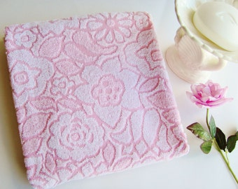 Vintage Bath Towel Callaway Mills Pink Sculptured Floral All Cotton