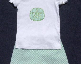 Young Girls summer shorts set, Beach photo, up to size 14, Big girl sizes, monogram available, sand dollar, sea horse, anchor, scallop edge