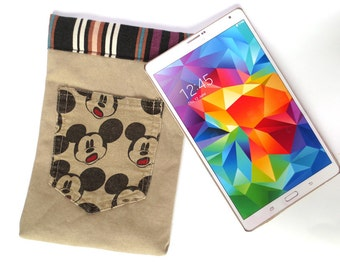 Khaki tablet sleeve featuring world-famous mouse, fits iPad Mini, 7 inch Kindle, more