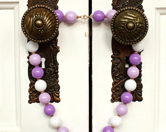 Vintage Large Beaded Pretty Necklace - purple white
