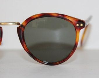 Tortoiseshell and gold star Wayfarer Sunglasses - Vintage Classic Unisex Tortoiseshell gold metal stars detail- large adult Unworn vintage