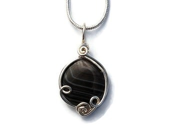 Small Black Agate Necklace in Silver Wire Work / Black Agate Pendant / Fantasy Jewelry / Wire Wrapped Gemstone Jewelry / Healing Gemstones