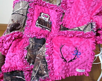 Realtree Camouflage and Raspberry Pink Minky Rag Quilt/Baby Rag Quilt/Toddler Rag Quilt