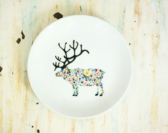 Hand painted porcelain plate - wildflower dear