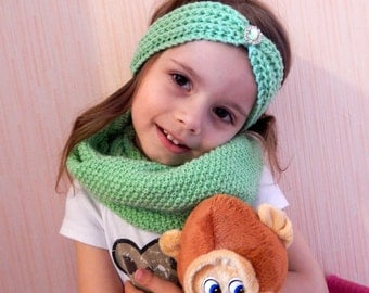 Set! Knitted set! The headband for the hair and the scarf. Knitted scarf for girls. Headband crochet for girls.