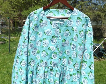 Spring Aqua Floral Dress, Size XL 22-24, Cotton, Long Sleeves, Button Bodice, Casual, Long Modest Dress, Scoop Neck, Feminine Dress