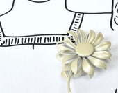 Vintage Enamel Flower Brooch - for wedding - champagne colour