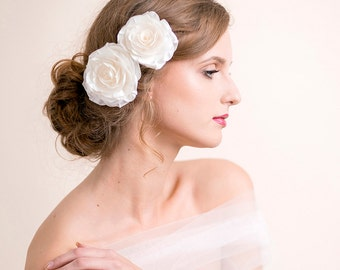 Bridal Hair Clip Set - Bridal Headpiece - Rose Hair Clips - Double Flower Headpiece - Flower for Hair - Rose for Hair - Ivory / White