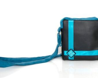 "Everyday messenger bag ""Mira"" - small statement purse"
