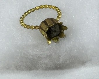 Raw Rough BlueGray Diamond Ring,Funky Flower Ring,Vermeil Twisted Brass Ring