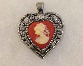 Vintage Heart Cameo Pendant